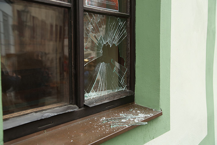 A2B Glass are able to board up broken windows while they are being repaired in Tottenham.